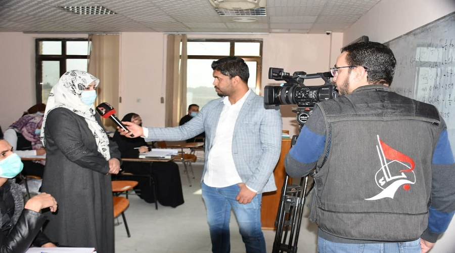 Karbala satellite channel meets the Dean of the College of Education for Pure Sciences