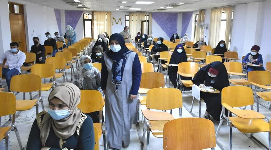 بدء الامتحانات الحضورية للفصل الدراسي الاول في كلية التربية للعلوم الصرفة للعام الدراسي 2020/2021